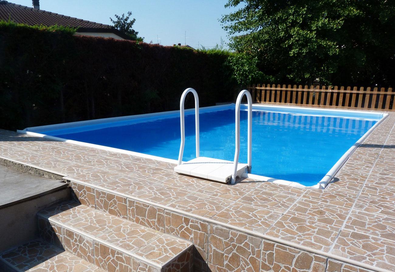 Vendita minipiscine e piscine fuori terra hellas piscine for Piscina e maschile o femminile