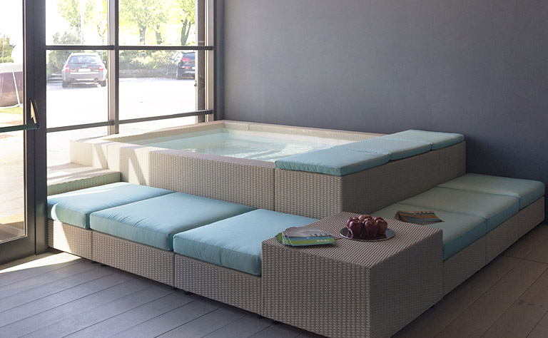 Vieni a trovarci in showroom hellas piscine - Piscina san giovanni lupatoto ...